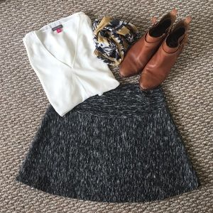 Banana Republic grey heather mini skirt